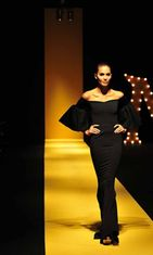 Vania Romoffin asu, Philippine Fashion Week Holiday 2013