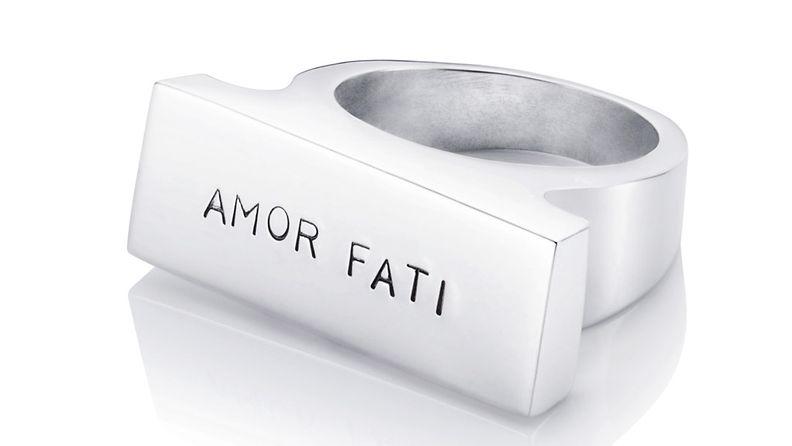 Efva Attlingin Amor Fati -sormus.