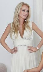 Beverly Hillsin täydelliset naiset, Kim