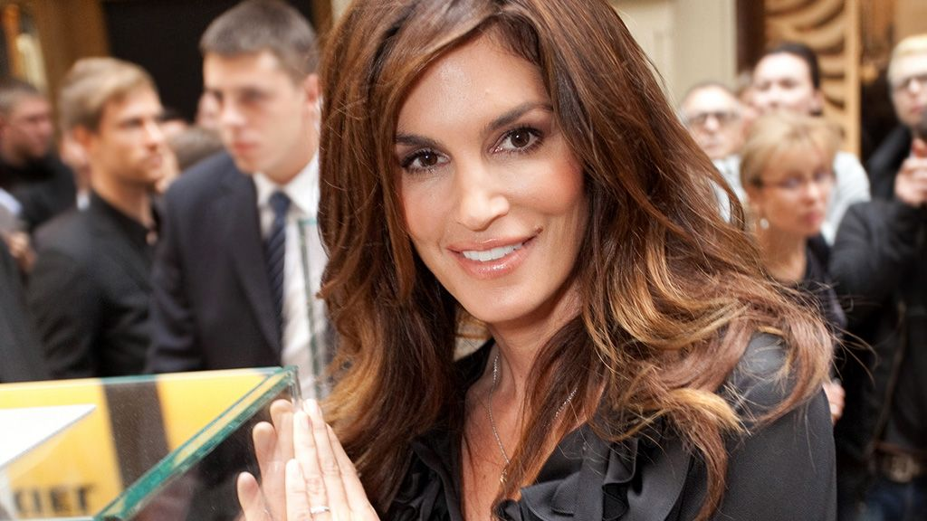 Cindy Crawford HD wallpaper,photos,resim download wallpaper