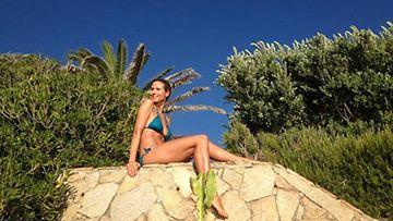 Heidi Klum paljasti upean bikinivartalonsa.