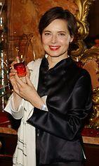 Rossellini on myös tehnyt oman hajuvetensä, joka kantaa nimeä 'Isabella'. Kuva vuodelta 2002.