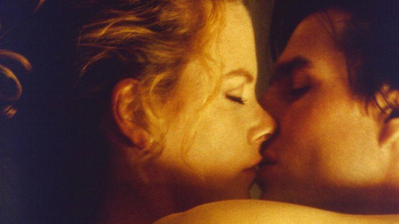 Nicole Kidman ja Tom Cruise Eyes Wide Shutissa.