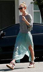Kate Bosworth yhdisti hameen ja kiilakorkotennarit.