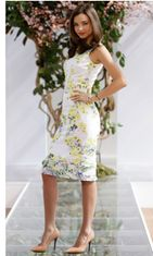Syyskuu 2012: Miranda Kerr mainostaa hiustenhoitotuotteita Australiassa.