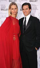 Malli Karolina Kurkova miehensä Archie Druryn kanssa New York City Balletin gaalassa.