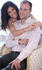 Pettäjäsivusto Ashley Madisonin isä Noel Biderman ja vaimonsa Amanda Biderman.