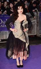 Harva ymmärtää Helena Bonham Carterin erikoista tyylitajua. Dark Shadows -elokuvan ensi-ilta toukokuussa 2012.