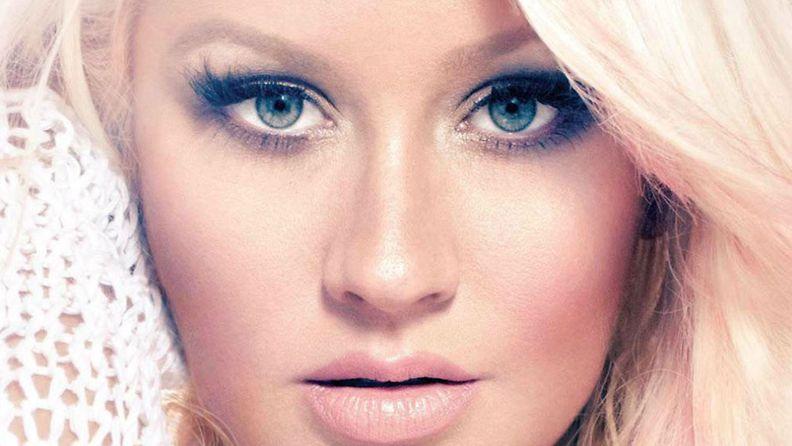 2012: Christina Aguilera on Billboard-lehden kansikuvanainen.