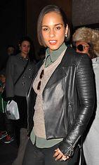 Alicia Keys ulkona New Yorkissa marraskuussa 2012.