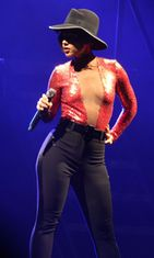 Alicia Keysin lavakarismaa Dublinissa toukokuussa 2013.