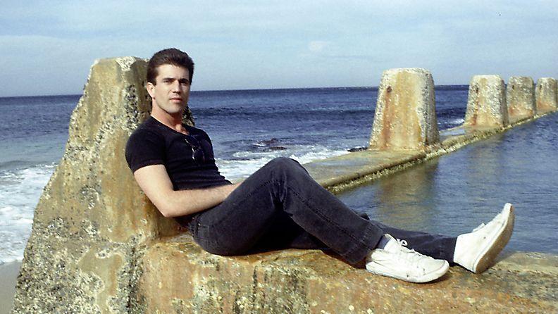 Mel Gibson, 1982
