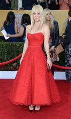 Kaley Cuoco  Screen Actors Guild Awards -gaalassa 2013.