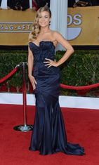 Carmen Electra Screen Actors Guild Awards -gaalassa 2013.