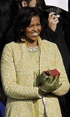 2009: Presidentti Barack Obaman virkaanastujaispäivä. Kuvassa vaimo Michelle Obama.