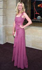 Kesä 2012: Kirsten Dunst Louis Vuittonin liikkeen avajaisissa Pariisin muotiviikoilla.