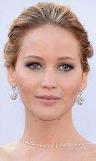 Jennifer Lawrence 2013 vuoden Oscar-gaalassa.