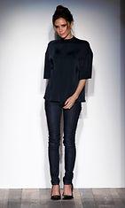 10.2.2013: Victoria Beckham New Yorkin muotiviikolla.