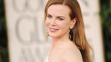 16.1.2011: Nicole Kidman vuoden 2011 golden Globes -gaalassa.