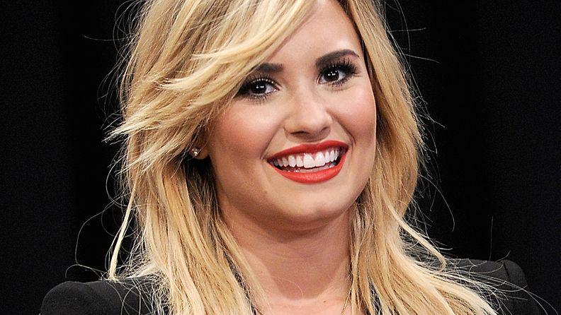 Demi Lovato on kokeillut nuoren ikänsä aikana hyvin erilaisia hiustyylejä.