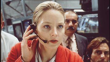 Jodie Foster Ellie Arrowayna elokuvassa Ensimmäinen yhteys,  1997