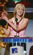 2002 MTV Movie Awards. Reese voitti Best Comedic Performance -palkinnon Legally Blonde -elokuvasta