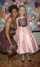 Taraji P. Henson ja Dakota Fanning, 13th Annual Diversity Awards, 2005