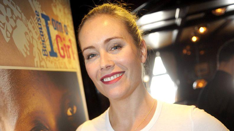 Anne Kukkohovi kehitysyhteistyöjärjestö Planin tiedotustilaisuudessa Helsingissä tiistaina 18. syyskuuta 2012.