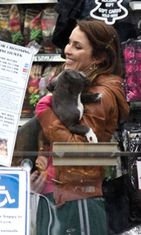 Noomi Rapace Animal Rescue -elokuvan kuvauksissa