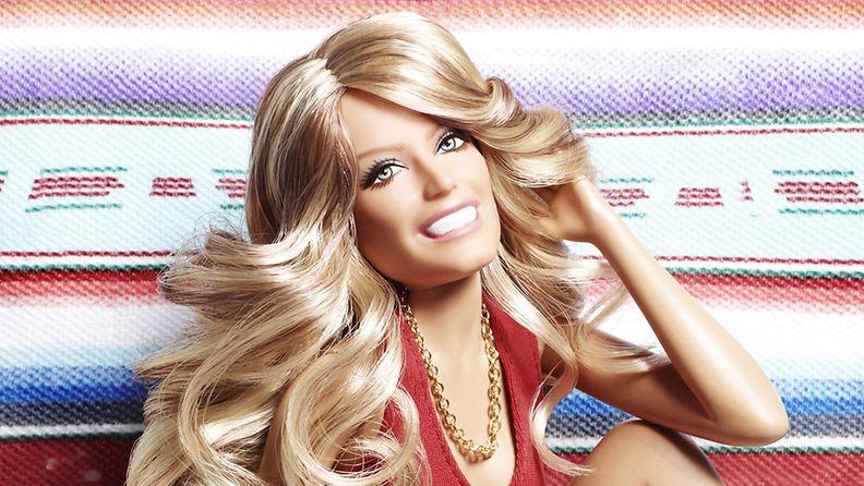 2011: Barbie Charlien enkelit -fanien mieleen: Farah Fawcett!