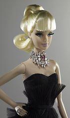 2012: Ainutlaatuinen korusuunnittelija Stefano Canturin suunnittelema Barbie myytiin  noin 300 000 dollarilla. Barbien käyttämään kaulakoruun on haettu inspiraatiota Nicole Kidmanin käyttämästä. Nukesta saadut tuotot käytettyyn hyväntekeväisyyteen, kohteena oli rintasyöpä.