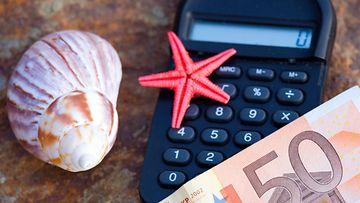 Valmismatkalainen voi yllätysten sattuessa säästää sieviä summia rahaa lomabudjetistaan.