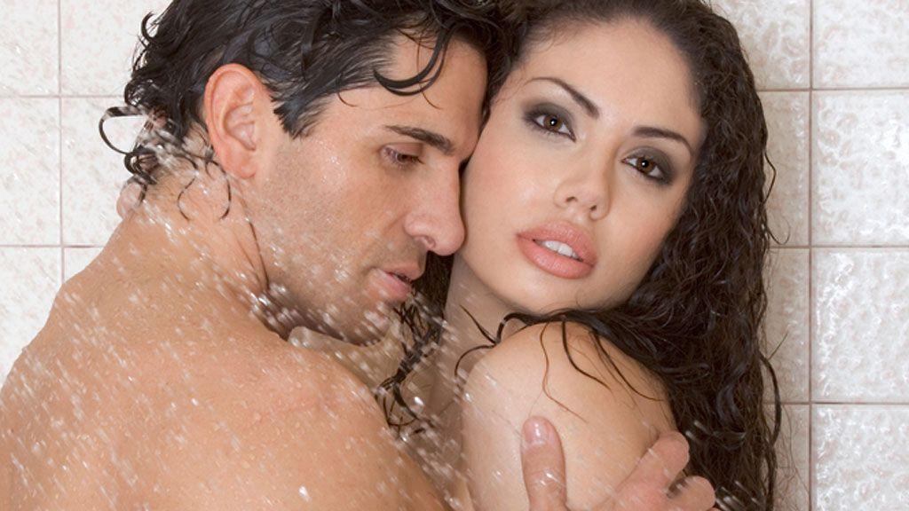 Miten seksiä suihkussa video