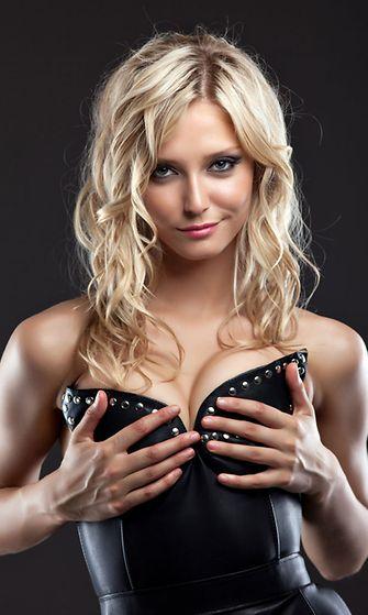 aistillinen hieronta isot rinnat video