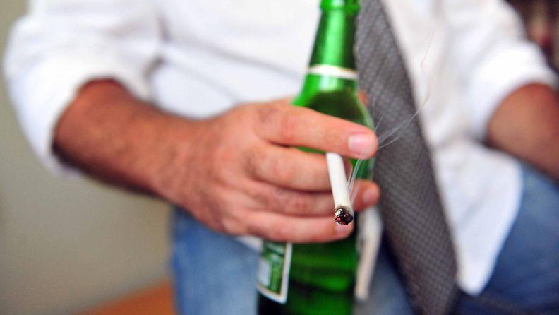 alkoholi ja tupakka.JPG