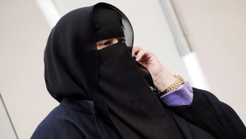 Hunnutettu musliminainen Lontoossa 11. helmikuuta 2011.