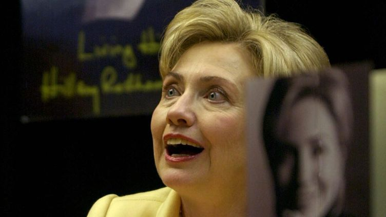 Hillary Clinton autographs copies of her new book 'Living History' during a book signing at Barnes and Nobles Booksellers in Manhattan on Monday, 09 June 2003. The book discusses much of Clinton's life and including the difficulty she went through during the Monica Lewinsky affair.