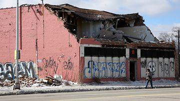 Detroitin rakennukset rapistuvat silmissä. (kuva maaliskuulta 2013)