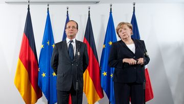 French President Francois Hollande (L) and German Chancellor Angela Merkel (R) answer questions during a press conference in Asperg, Germany, 22 September 2012. Merkel and Hollande met for bilateral negotiations during a commemorative event in the honour of the Speech on Youth by former French President Charles de Gaulle. EPA/MARIJAN MURAT
