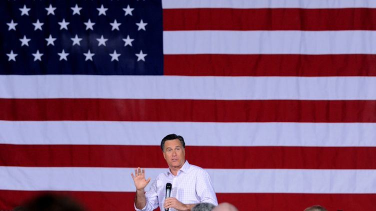 Republican presidential candidate Mitt Romney delivers remarks at a town hall meeting in Dayton, Ohio, USA, 03 March 2012. The Ohio Republican presidential primary will be held on 06 March 2012, Super Tuesday. EPA/MICHAEL REYNOLDS   Epa