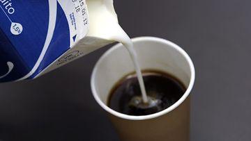 Kahvi maidolla.