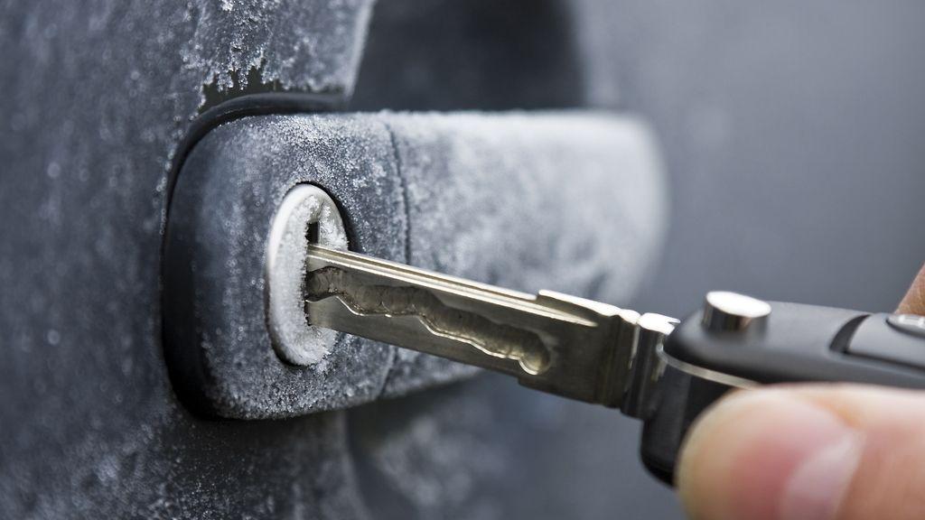 Auton lukkojen vaihto hinta  Your tyylikäs