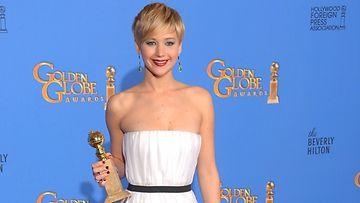 Jennifer Lawrence vitsailee mielellään.