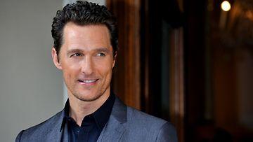 Matthew McConaughey on saanut hieman lihaa luiden ympärille.