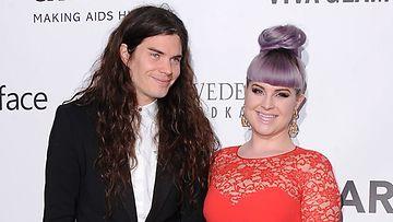 Kelly Osbourne ja Matthew Mosshart ovat eronneet.