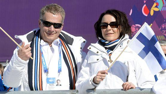 Presidentti Sauli Niinistö ja rouva Jenni Haukio Sotshin talviolympialaisten avajaisissa 7. helmikuuta 2014.