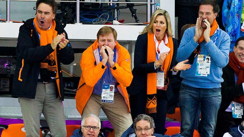 Hollannin kuningaspari heittäytyi olympialaisten tunnelmaan.