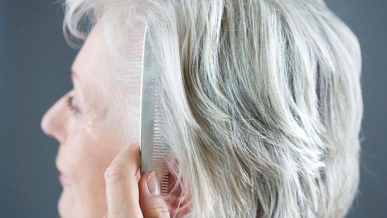 harmaat, hiukset, nainen, hius, kauneus, kauneudenhoito, ikääntyminen