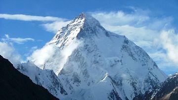 Ainakin yhdeksän vuorikiipeilijää kuoli K2-vuorella 1.8.2008 sattuneessa onnettomuudessa
