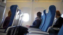 Ebolaj�yn� lentokoneessa tuli kalliiksi